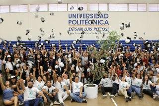 Clausuran foro de la fundación Scholas