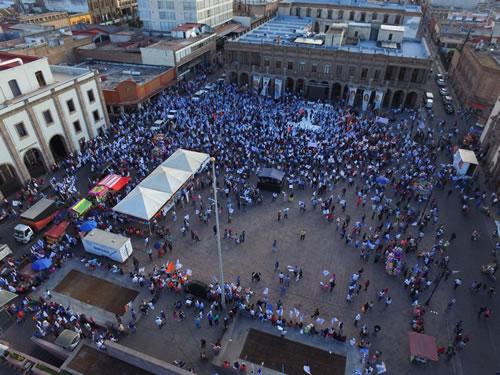 Nava Palacios no llenó Plaza de Fundadores en su cierre de campaña y copia propuestas de Gallardo Juárez