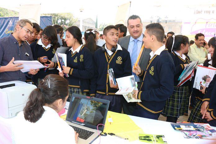 Cerca de 2 mil niños de educación municipal regresaron a clases