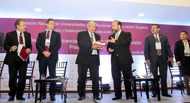 AMLO y ANUIES alistan acuerdo para renovar la educación superior en México