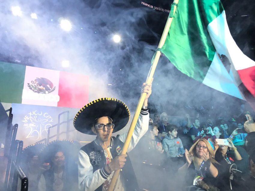 Inicia equipo mexicano con dos victorias en mundial de robótica