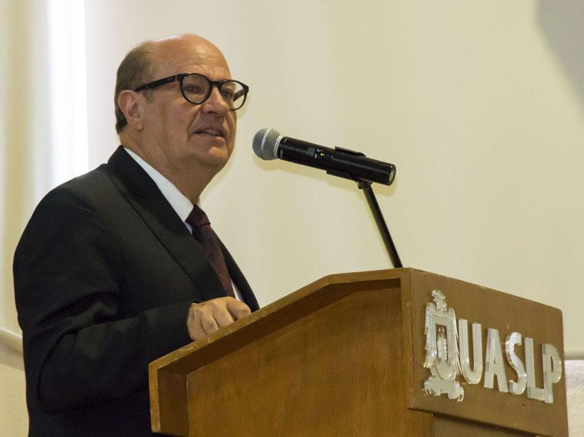 Radio Universidad bastión Cultural del Centro del País
