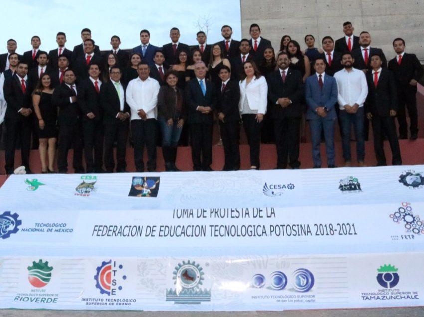 Toman protesta a mesa directiva de la Federación de Educación Tecnológica Potosina 2018-2021