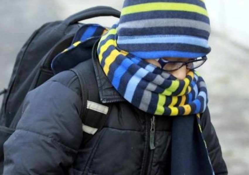 Recorren horario en escuelas de SLP por frío
