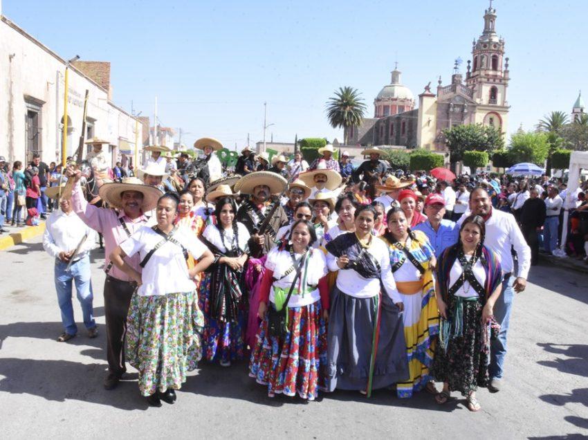 Prepara dirección de Educación Municipal de Soledad, desfile de la Revolución Mexicana