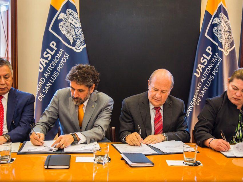 UASLP firma incremento salarial para 2019 con sus dos sindicatos universitarios