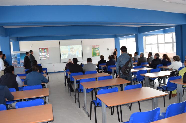 Inauguran dos aulas en la preparatoria Jesus Silva Herzog