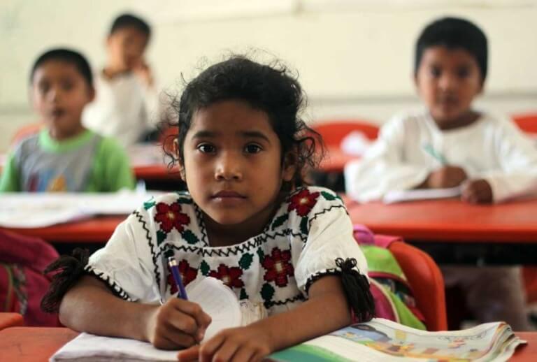 Nueva escuela mexicana tendrá cimientos indígenas