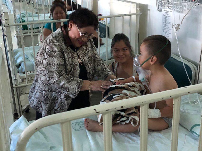 Estudiantes potosinos continúan sus estudios en el hospital mientras reciben tratamiento