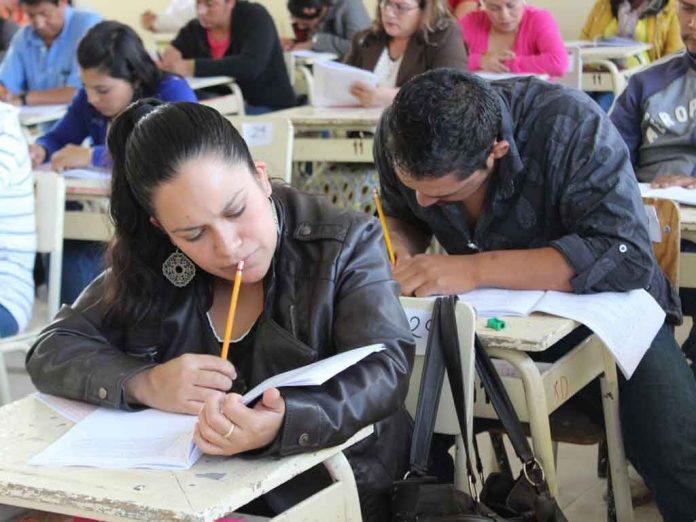 Enlace a la encuesta para maestros sobre la Nueva Escuela Mexicana