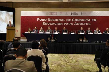Gobierno no escatimará esfuerzos por la educación: Moctezuma Barragán