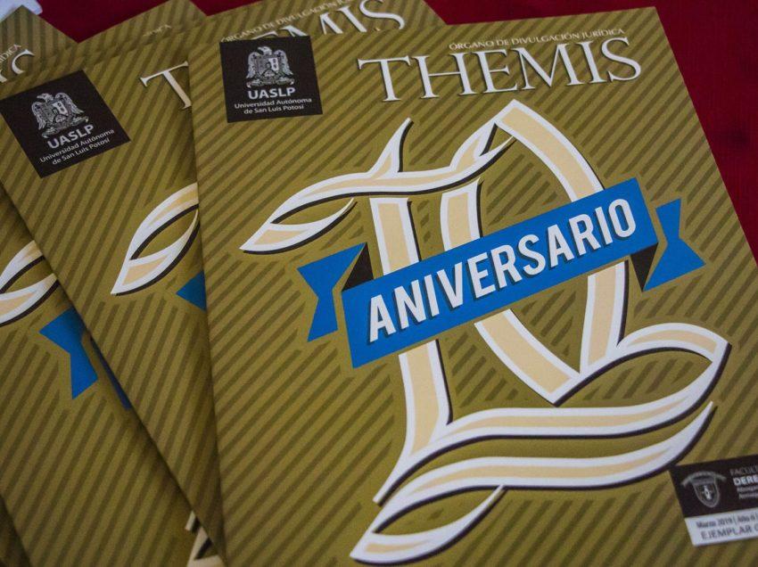 Celebran 10º aniversario de la revista Themis de la UASLP