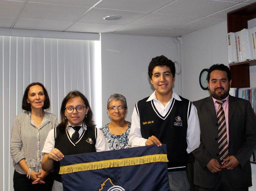 Abanderan a estudiantes del Cobach que participarán en Olimpiada Nacional de Informática