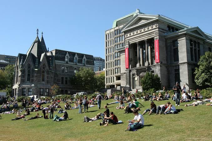 Convoca SEGE a solicitar beca para estudiar inglés en Canadá