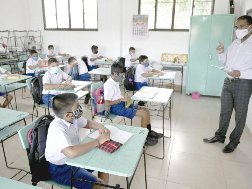Dejan sin recursos a Escuelas de Tiempo Completo